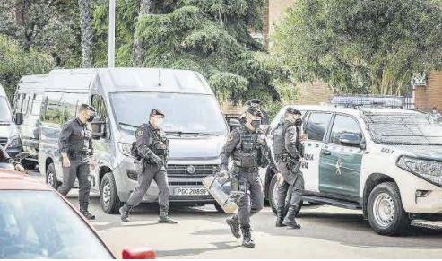 Varios detenidos en una operación contra blanqueo de capitales vinculado al contrabando de tabaco en Badajoz