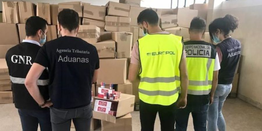 Desarticulada una red de contrabando de tabaco entre España y Portugal <br> que habría ocasionado un fraude de 4 millones de euros